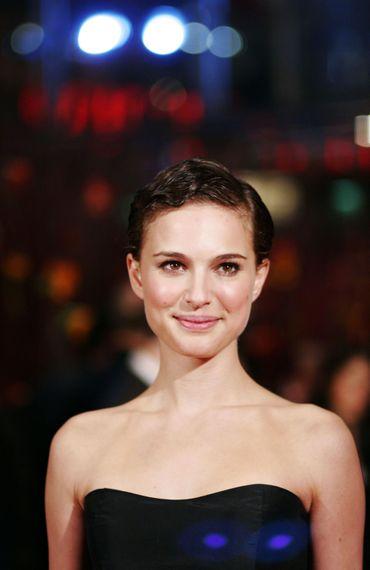 L'actrice Natalie Portman devrait être présente à Cannes pour présenter son premier film en tant que réalisatrice.