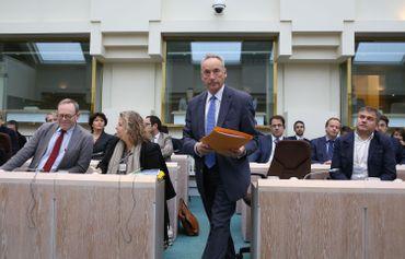 Francis Delpérée en commission de la Chambre