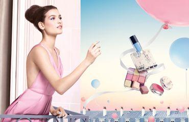 Alma Jodorowsky photographiée par Mert Alas et Marcus Piggott pour la campagne maquillage printemps 2016 de Lancôme.