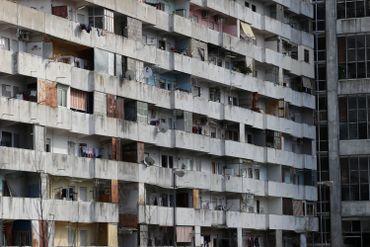 Un immeuble d'un quartier défavorisé de Naples