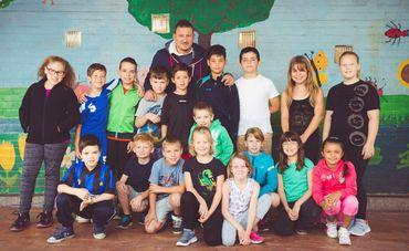 """La photo de classe avec le """"professeur"""" Walter"""