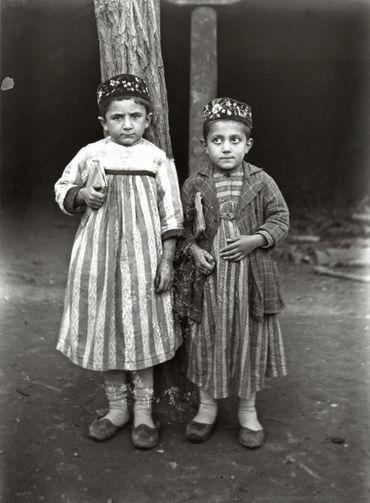 Antoine Poidebard - Deux petits écoliers arméniens de Tokat