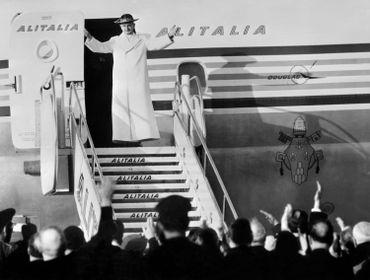 Image d'archive: l'ex pape Paul VI, à Rome