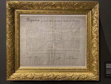 Un document signé de la main de l'Empereur.