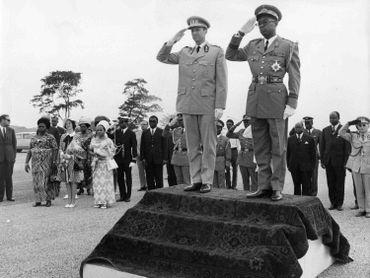 Le maréchal Mobutu reçoit le roi Baudouin en 1970