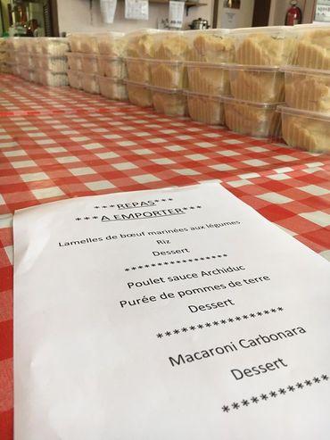 Dans cette ASBL, un système de repas à emporter à été instauré