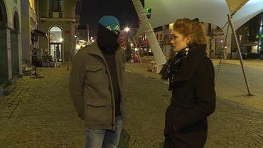 """Aux côtés de la journaliste Sophie Mergen, un gilet jaune pour qui le seul moyen de se faire entendre, c'est """"la révolution"""""""