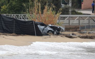 Deux personnes, une femme puis un homme, ont été retrouvées noyées jeudi matin à bord de leur véhicule emporté en mer.