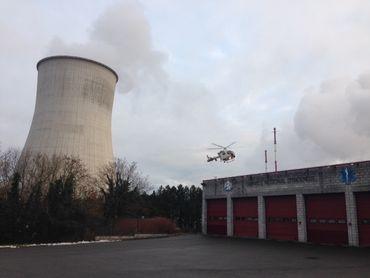 L'hélicoptère équipé d'une caméra thermique à son arrivée à Tihange.