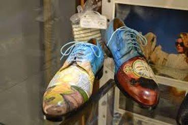 Des chaussures pour dandy...