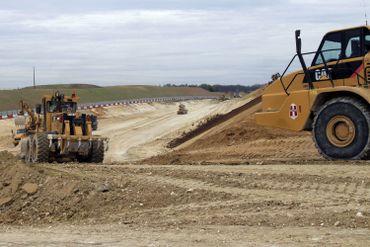 Travaux préparatoires à Licourt, près d'Amiens, en 2011