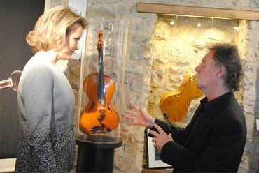 Visite de la Reine à l'ASBL Music Fund pour leur 10e anniversaire