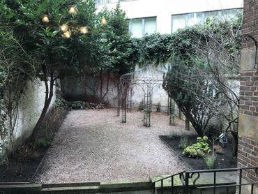 Le petit jardin d'intérieur.