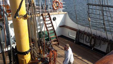 L'extérieur et l'intérieur du bateau ont été repeints