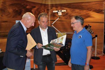 Dirk Frimout, Jarbinet et Pierre-Emmanuel Pauis