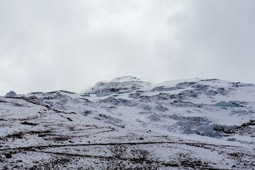 Il faut désormais monter à 5300 mètres (4700m il y a quelques années) pour marcher sur le glacier du volcan Cotopaxi en Equateur.