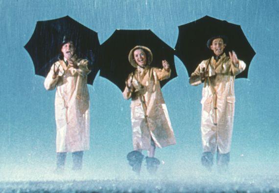 """""""Chantons sous la pluie"""" : la référence en matière de comédie musicale"""