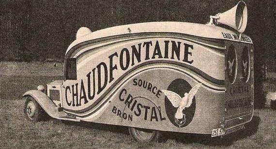 Au départ uniquement utilisée à des fins thérapeutiques, l'eau de Chaudfontaine sera conditionnée en bouteilles et commercialisée à partir de 1924 par la Société Eau minérale de Chaudfontaine.