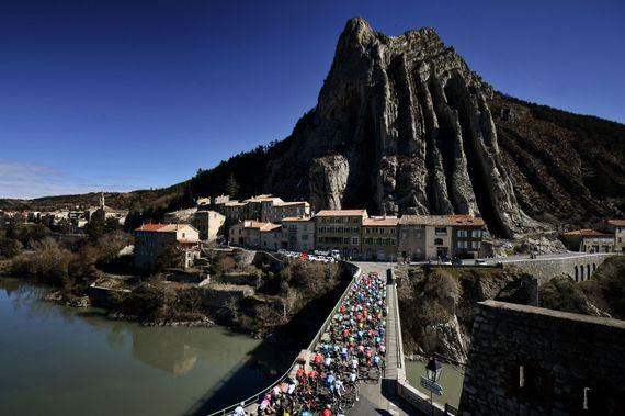 Cyclisme : Suivez toutes les étapes de Paris-Nice en direct
