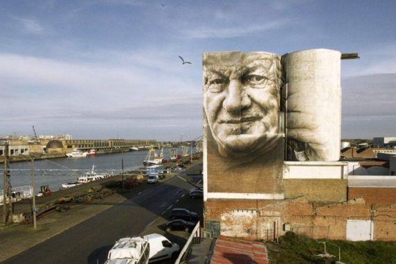 Le « Crystal Ship – un festival d'art en ville » est le plus grand festival en son genre d'Europe. A Ostende, vous pouvez, maintenant encore, admirer les travaux d'entre autres Roa, Cyrcle, Guido Van Helten, Eversiempre, Robert Montgomery,…