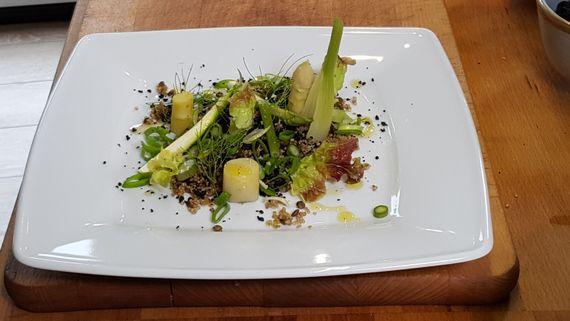 Assiette végétarienne au quinoa