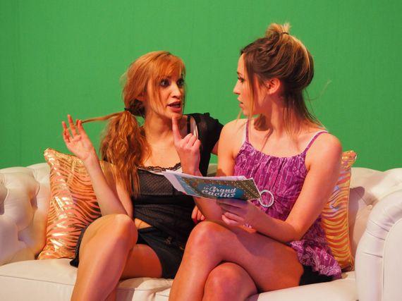 Les poufs, Clitorine et Jessica