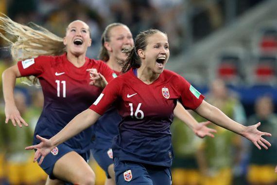La Norvège célèbre sa victoire face à l'Australie