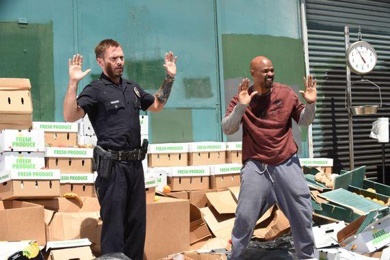 """""""L'arme fatale"""" : Mais qui est donc Wesley Cole, le nouveau coéquipier de Murtaugh ?"""