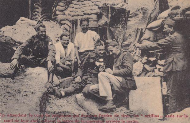 Les soldats reçoivent leur courrier  - Collection privée, Nicolas Mignon ©