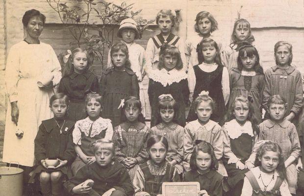 La  guerre bouleversa par bien des manières l'organisation des écoles  - Tous droits réservés ©