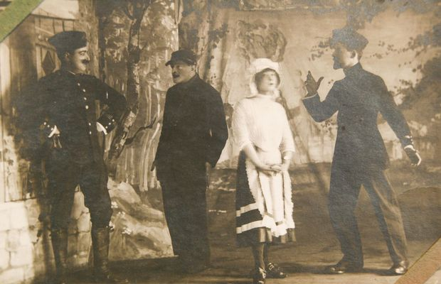 Photograph of a theatre performance  - Private collection, Mrs. Nicole LATOUR ©