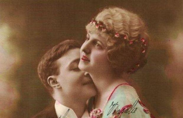 Les femmes étaient l'objet des rêves et pensées fantasmées des hommes éloignés d'elles  - Collection Privée Boulanger (Collecte RTBF) ©