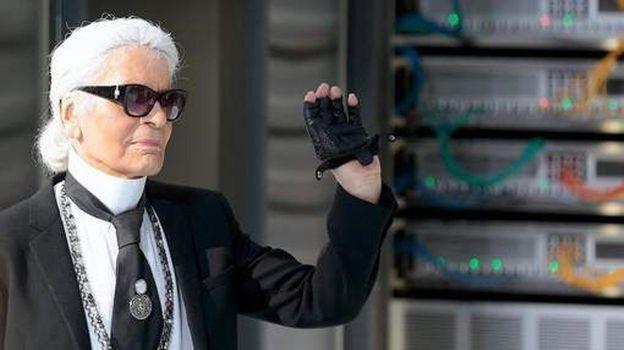 Le couturier Karl Lagerfeld est décédé à l'âge de 85 ans