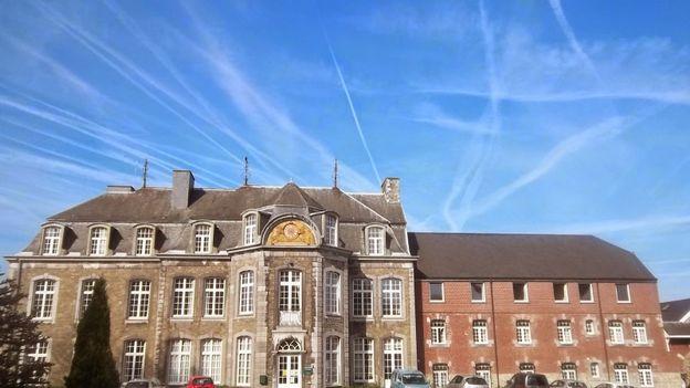 Le domaine de Brialmont aurait été fondé par Eustache de Hamal, mais c'est à partir de 1361 que l'on retrouve comme propriétaire du Château la famille de Brialmont.