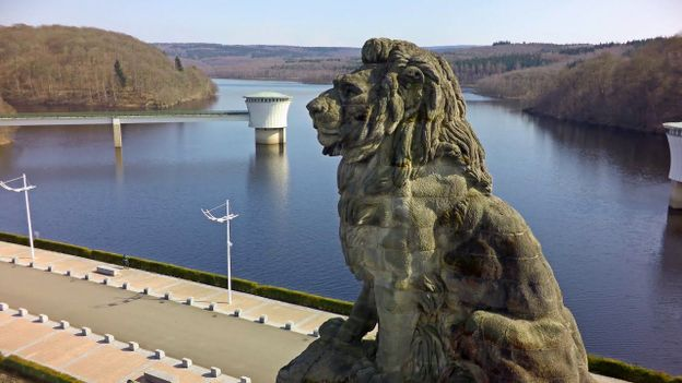 Le Barrage de La Gileppe, symbole d'une Belgique prospère.