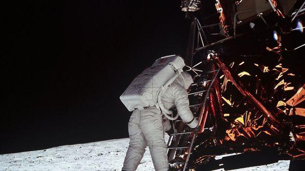 Soirée événementielle : La Une décroche la lune
