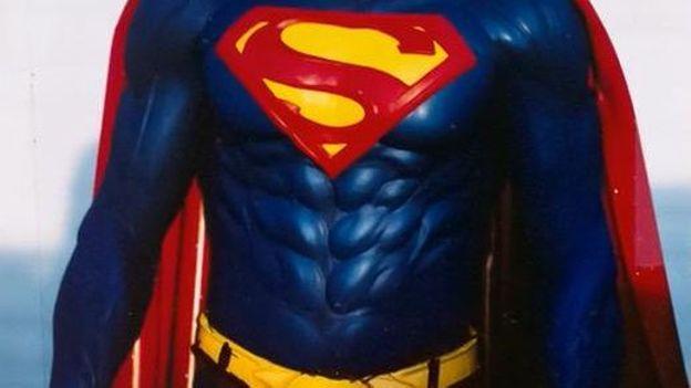 Nicolas Cage en Superman !