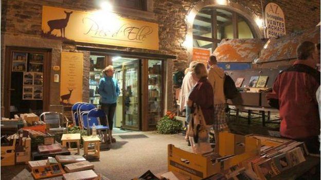 Les librairies du village de Redu resteront ouvertes jusqu'à tard dans la nuit du 3 août.