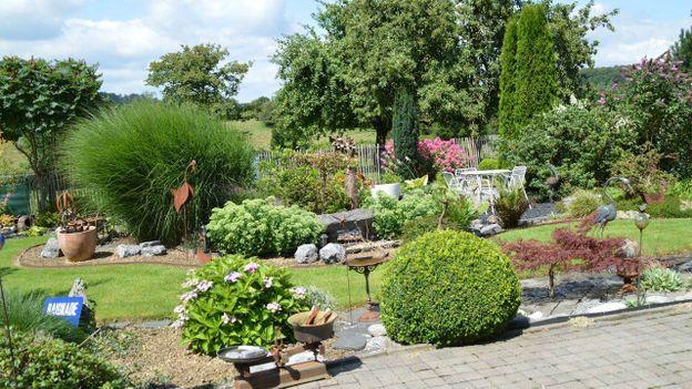 le jardin d 39 anninck et christian rtbf jardins loisirs. Black Bedroom Furniture Sets. Home Design Ideas