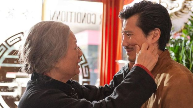 "Dans ""Made in China"", François (Frédéric Chau) renoue avec sa famille !"