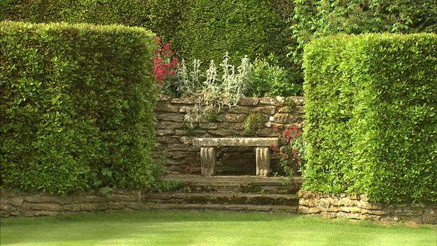 Le jardin se découvre pas à pas