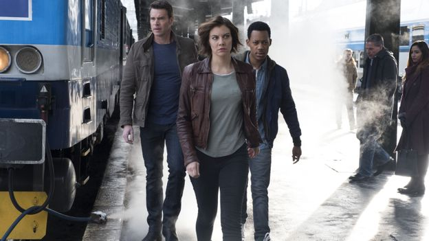 SCOTT FOLEY, LAUREN COHAN, TYLER JAMES WILLIAMS