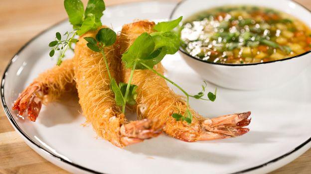 Beignets aux crevettes en kadaïf