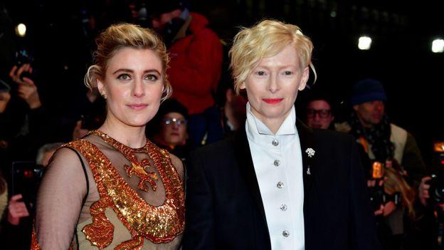 La réalisatrice Greta Gerwig à gauche et l'actrice Tilda Swinton