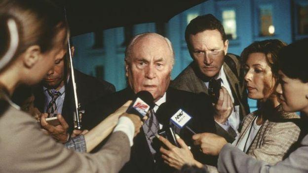 """""""Les pleins pouvoirs"""", le thriller politique d'Eastwood"""