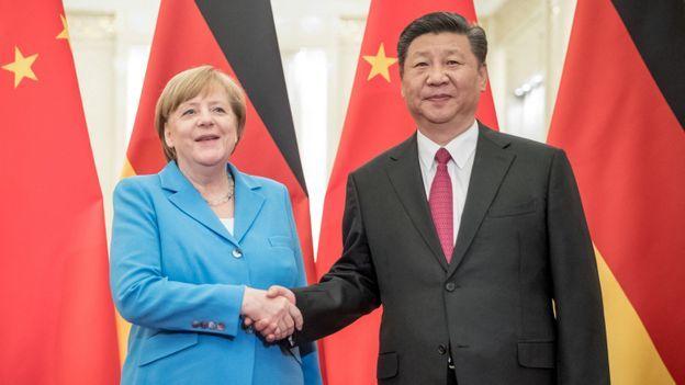 Le monde selon Xi-Jinping dans Doc Shot