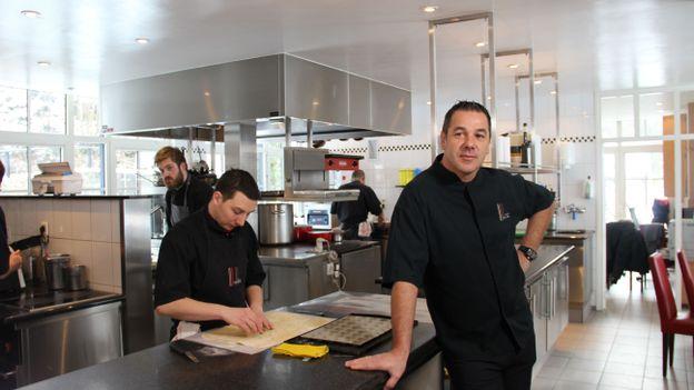 Pierre Résimont: ancien élève de l'école hôtelière de Namur et propriétaire du restaurant l'Eau Vive