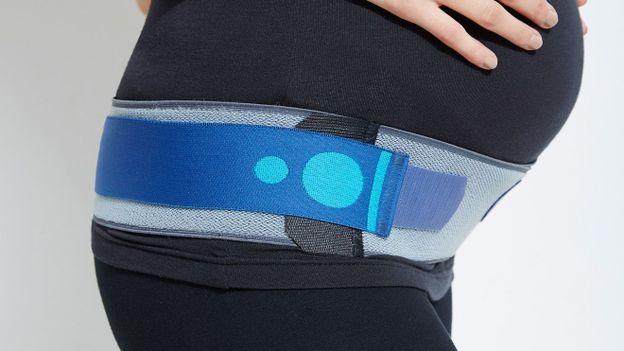 Une ceinture de soutien pour femme enceinte - RTBF Vis ta mine a791f00b627
