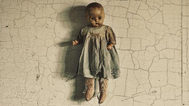 Voici la raison pour laquelle les poupées vous font peur