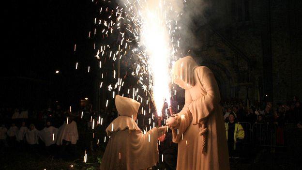 La Fête des Mountches, à Warneton, le premier week end de décembre; l'un des événement-phares du folklore cominois. Photo David Kyriakidis
